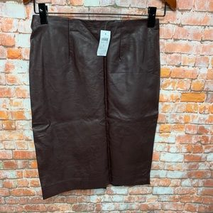 Ann Taylor Women's Leather Size 4  NEW # L233